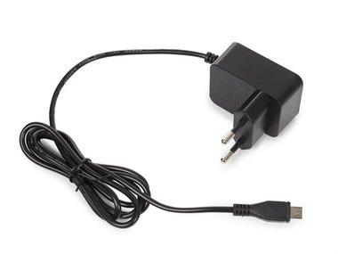 COMPACTE LADER MET MICRO-USB-AANSLUITING - 5 VDC - 2.5 A - 12.5 W (PSS6USB39B)