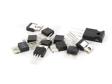 SET MET MOSFET's (VCS103)
