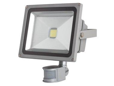 LED-SCHIJNWERPER VOOR BUITENSHUIS MET PIR-SENSOR - 30 W EPISTAR CHIP - 3000 K (LEDA3003WW-GP)
