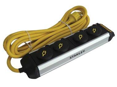 STANLEY - 4-VOUDIGE STEKKERDOOS CORE - MET KLAPDEKSELS (ESTN4IP44)