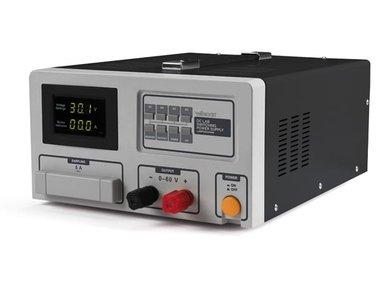 SCHAKELENDE DC-LABOVOEDING 0-60 VDC / 30 A MAX MET LED-SCHERM (LABPS6030SM)