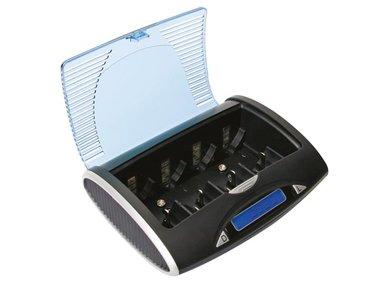 UNIVERSELE SNELLADER/-ONTLADER VOOR NIMH-BATTERIJEN MET LCD-SCHERM EN USB-UITGANG (VLE4)