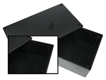 PLASTIC BEHUIZING - ZWART 200 x 110 x 65mm (WCAH2852)