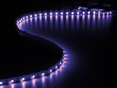 KIT MET FLEXIBELE LED-STRIP EN VOEDING - ULTRAVIOLET - 300 LEDS - 5 m - 12Vdc - ZONDER COATING (LEDS16UV)